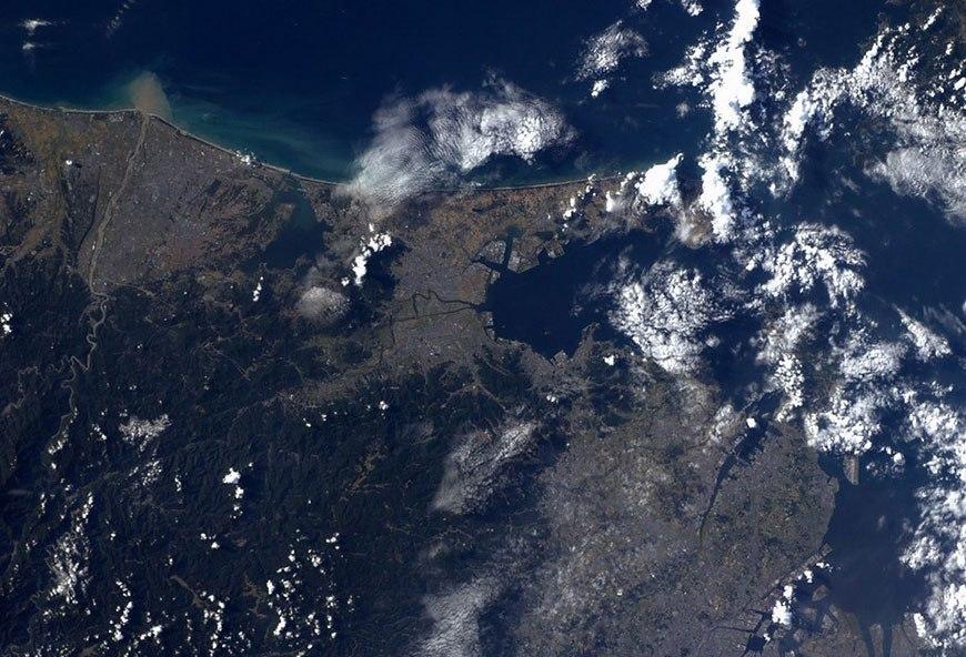редко говорю, есть ли настоящие фото земли из космоса шумерским индийским