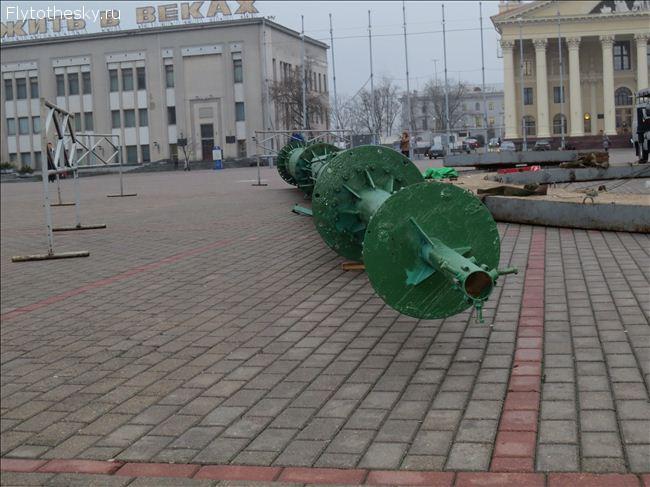 подготовка минска к новому году 2013 (28)