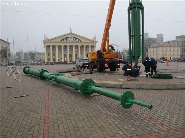 подготовка минска к новому году 2013 (27)