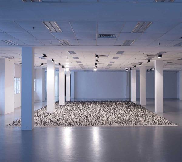 Черно белые растения — инсталляция