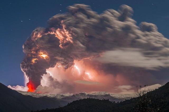 извержение вулкана в Чили (1)