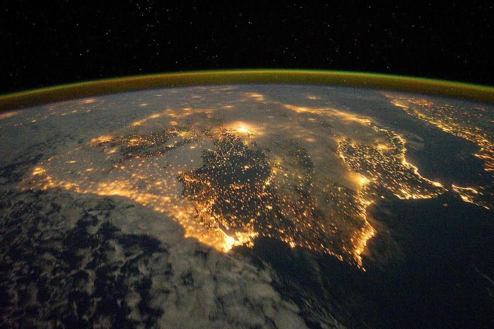 Есть ли настоящие фото земли из космоса