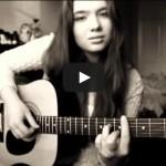 Девушка очень красиво поет «Бесконечность»
