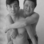 Отец и сын делали совместные фото на протяжении 28 лет