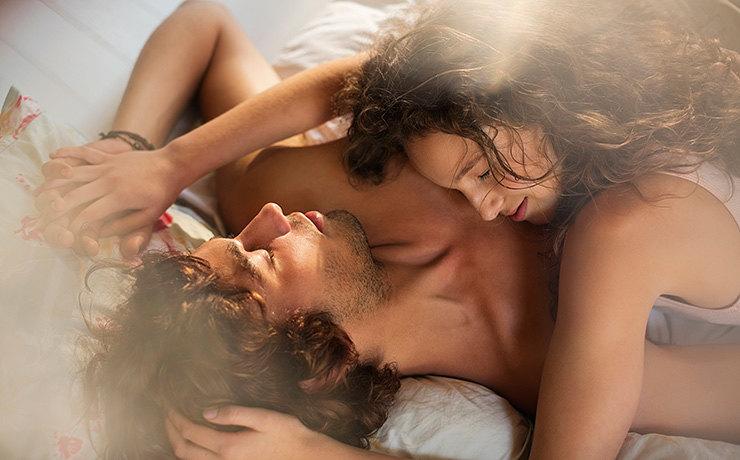 10 признаков того, что лучшая любовница в его жизни - это ты