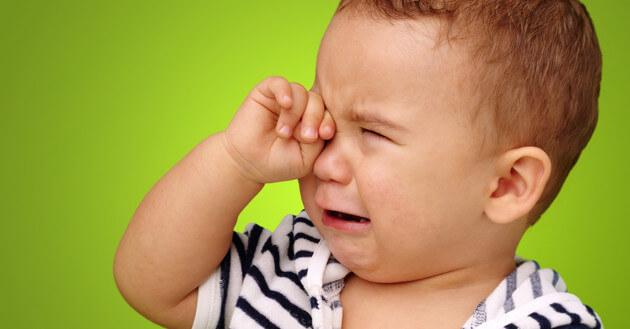 8 способов сделать ребенка эмоциональным инвалидом