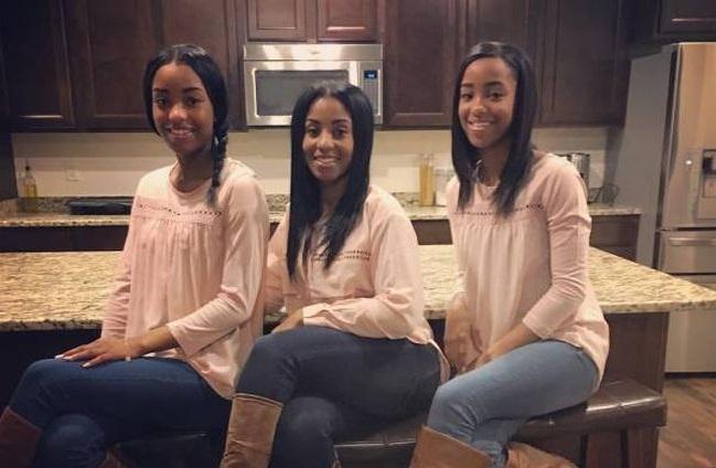 А вы сможете определить, кто из этих девушек мама?