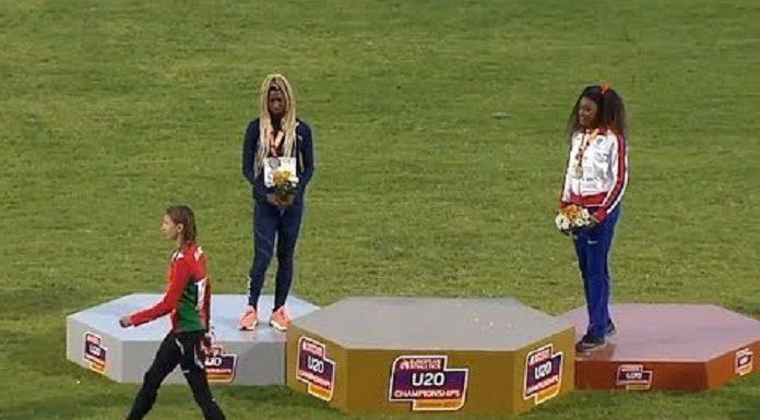 Эта девушка победила в юношеском чемпионате Европы, но во время награждения сошла с пьедестала