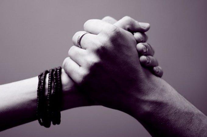Если ваш близкий человек теряет своего близкого человека: 5 действенных советов