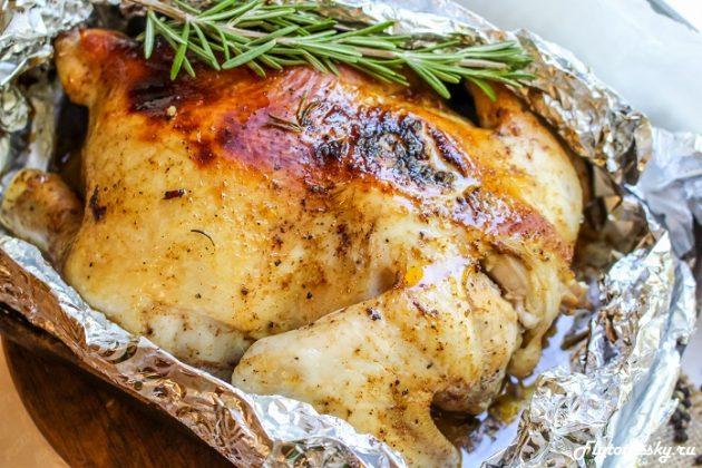 Рецепт курицы запеченной в фольге в духовке с фото