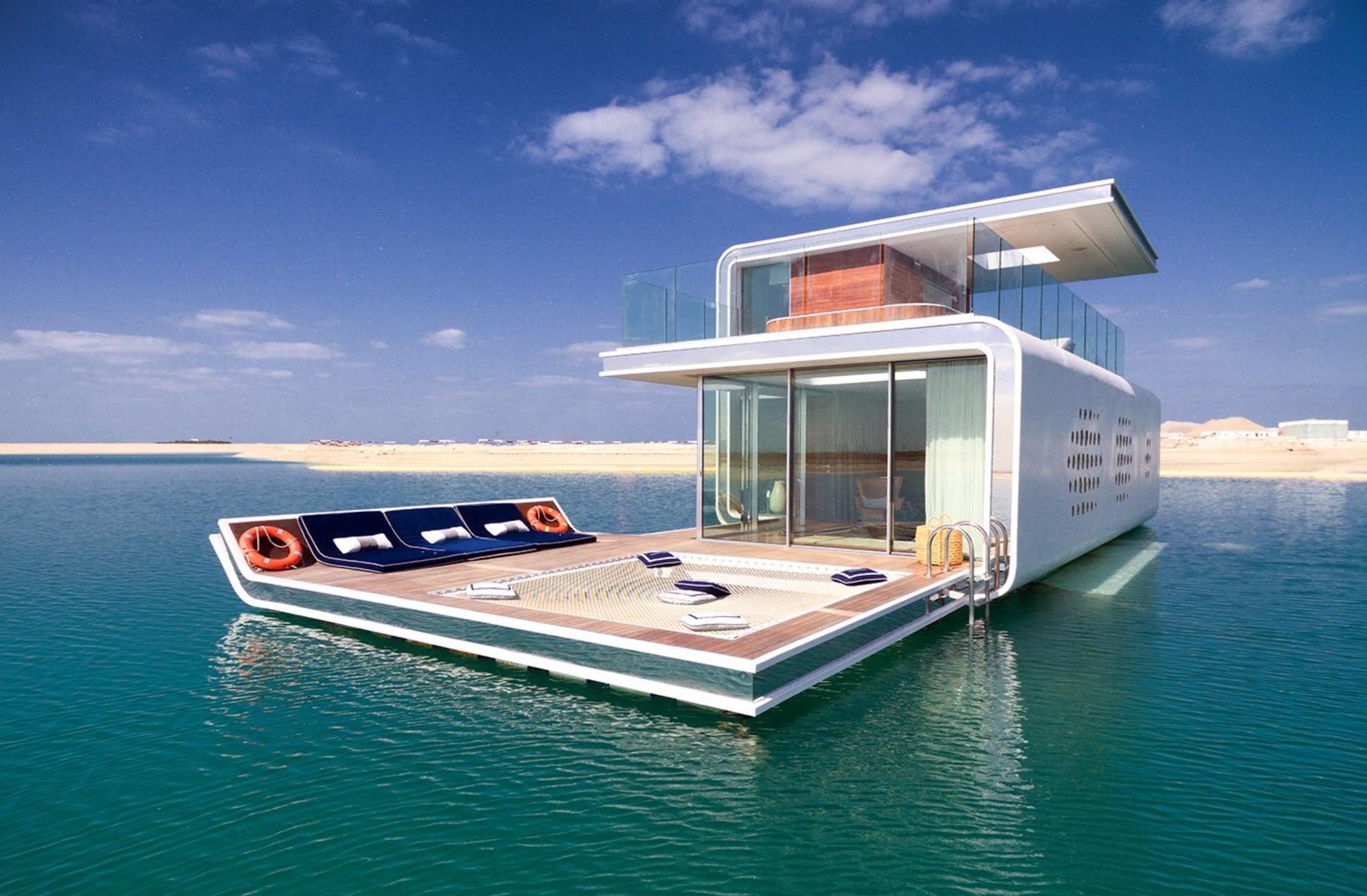 Хотели бы жить в этой роскошной подводной вилле?