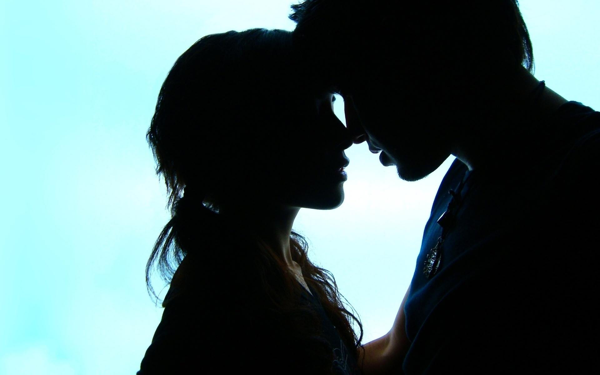 грустный поцелуй картинки