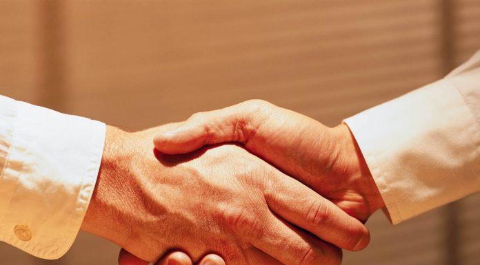 То, как вы сжимаете руки, многое говорит о вашей личности