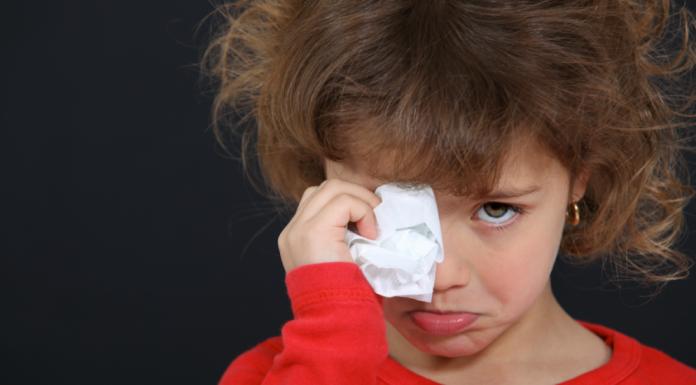 8 фраз, которые учат детей принимать насилие как норму