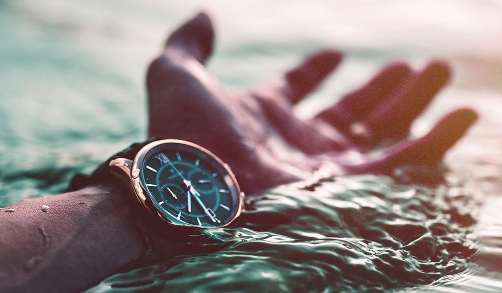 плыть по течению