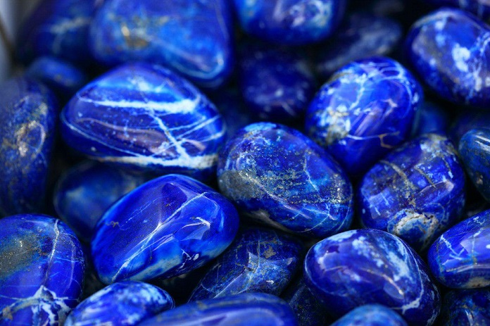 Какой драгоценный камень и металл подходит каждому знаку зодиака