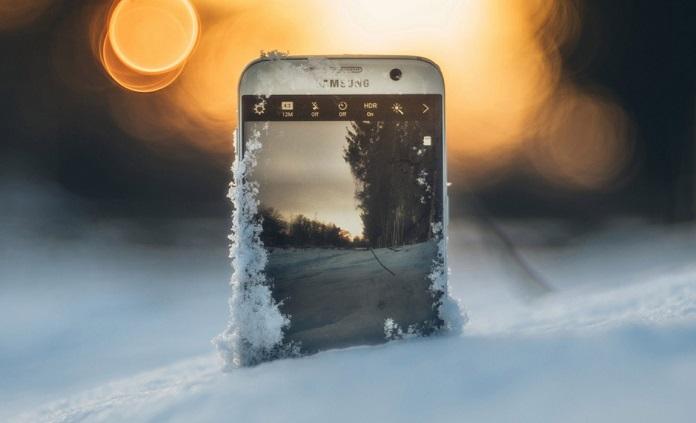 телефон на холоде