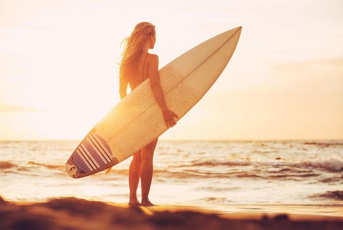 заняться серфингом